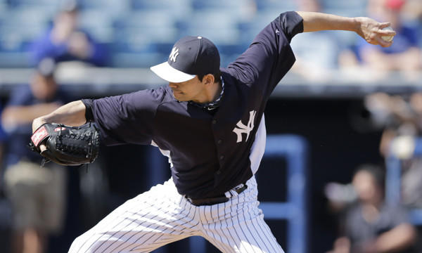 The Angels signed former New York Yankees reliever Clay Rapada to a minor league deal on Thursday.