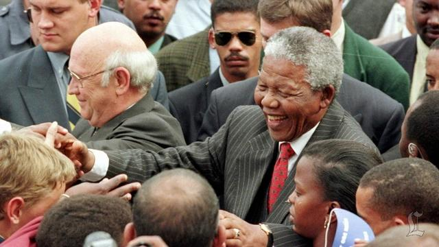 South Africa mourns Mandela's passing, celebrates his legacy