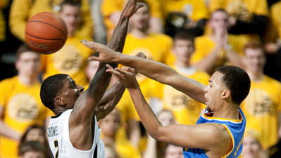 UCLA suffers first loss of season, 80-71, to Missouri