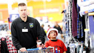 Pictures: Kids shop with cops for Christmas gifts