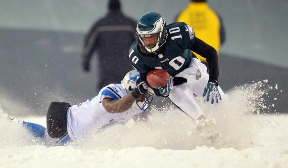 Philadelphia Eagles wide receiver DeSean Jackson (10) returns a punt return against the Detroit Lions during the fourth quarter action at Lincoln Financial Field.