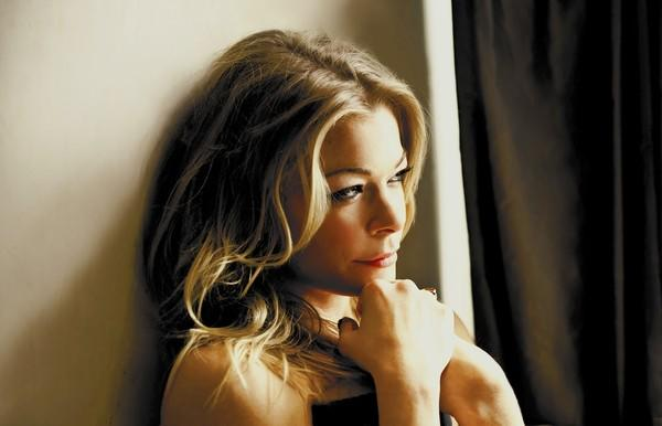 Two-time Grammy Award winner LeAnn Rimes will perform with the Pacific Symphony at the Renée and Henry Segerstrom Concert Hall from Dec. 19 to 21.