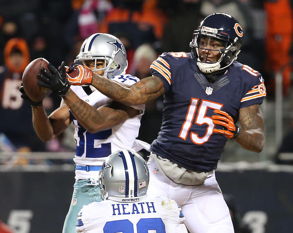 Bears wide receiver Brandon Marshall (15) gave some credit to the cold for a win over the Cowboys.