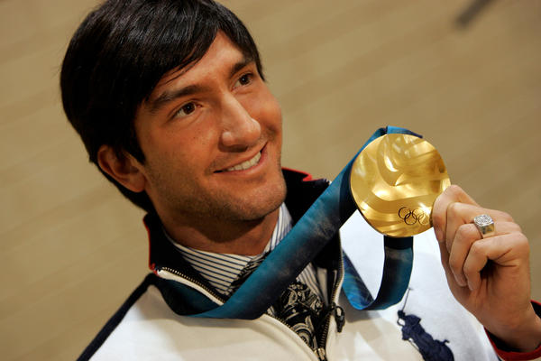 Reigning Olympic gold medalist Evan Lysacek will not be defending his figure skating title.