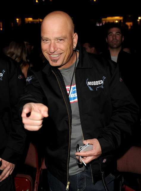 Howie mandel sells his point dume retreat sun sentinel for Howie at home