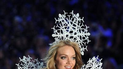Victoria's Secret model gets tech upgrade with 3-D printed wings