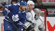 Kings lean on shutdown defense in 3-1 win over Maple Leafs