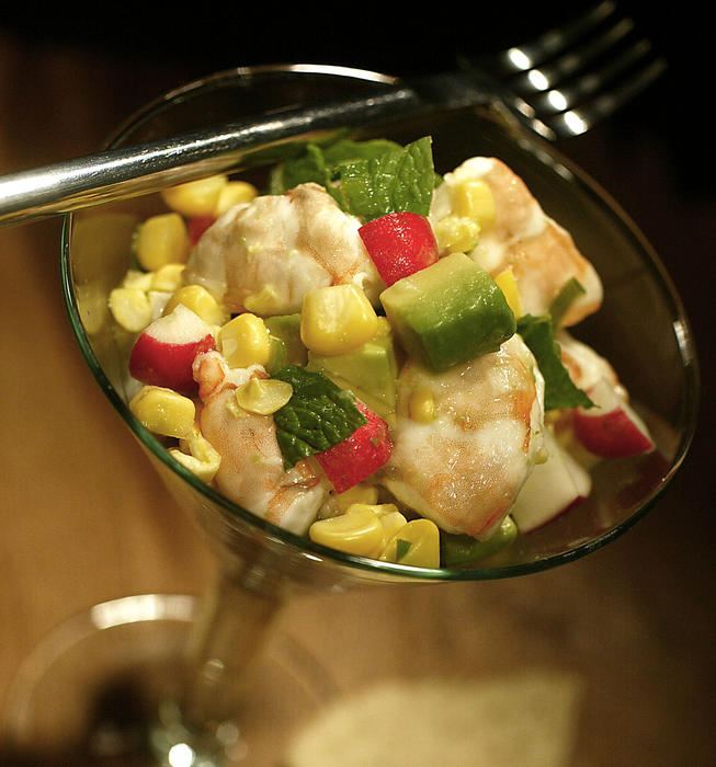 Shrimp ceviche with radishes