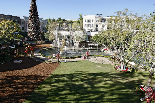 The city of Glendale is taking ownership of the green area at the Americana at Brand in Glendale, shown on Wednesday, Dec. 11, 2013.