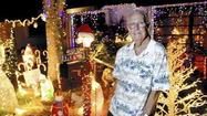 One man's mission brings holiday cheer to Boynton community