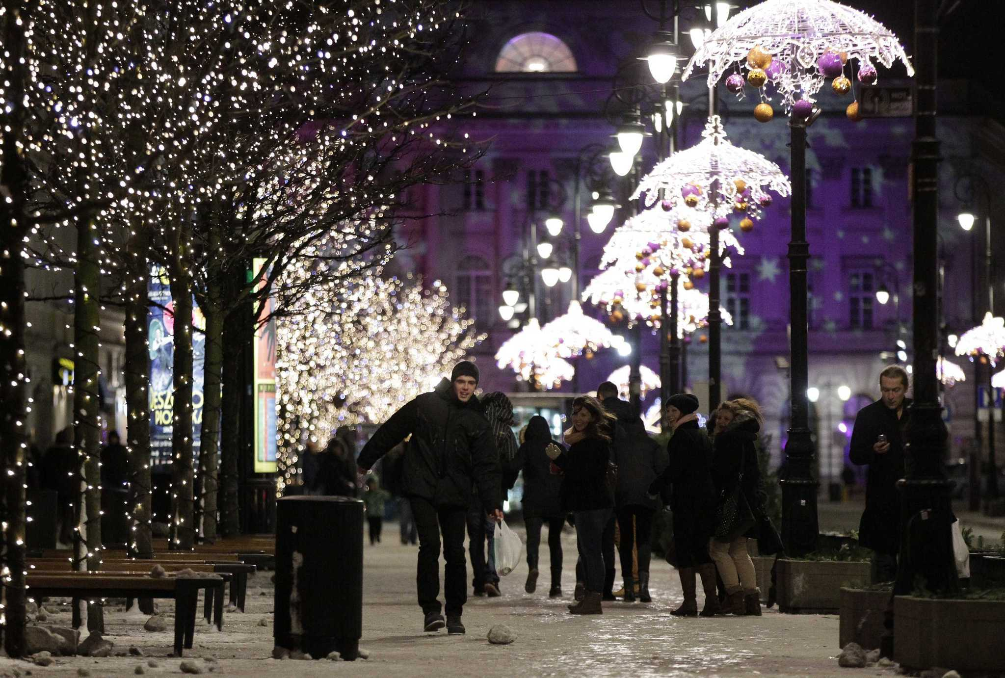 Pictures: Holiday lights from around the globe - Christmas in Warsaw, Poland