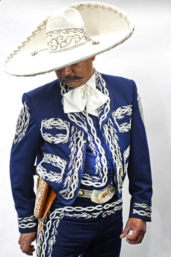 Dressed In His 1 300 Tello Suit Mariachi Francisco Leyva Says I Look Gooood