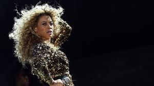 Beyonce's new album surprises Internet, celebrities