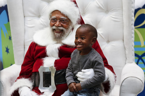 Santa Claus at Baldwin Hills mall