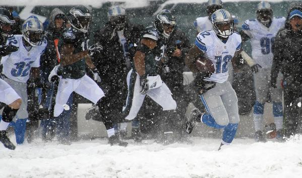 Detroit Lions wide receiver Jeremy Ross (12) returns a punt for a touchdown against the Philadelphia Eagles at Lincoln Financial Field in Philadelphia on Sunday December 8, 2013
