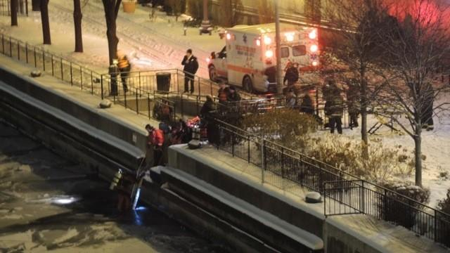 RAW: Woman pulled from Chicago River