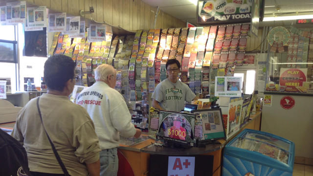 Mega Millions jackpot spurs lotto fever at 'lucky' Orlando shop