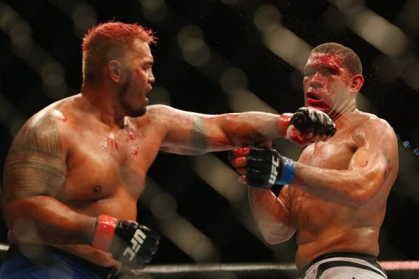 "Antonio ""Bigfoot"" Silva vs. Mark Hunt"