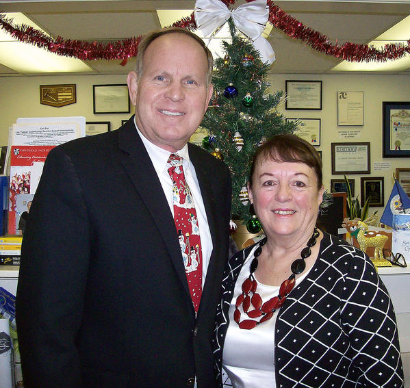 Pat Anderson, president and chief executive of the La Cañada Chamber of Commerce, poses with Wes Seastrom, chairman of the chamber's board.