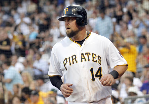 The Miami Marlins on Wednesday announced the signing of free agent third baseman Casey McGehee to a one-year deal.