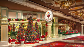 Las Vegas: 7 Christmas dinner treats, sweet to savory, to celebrate