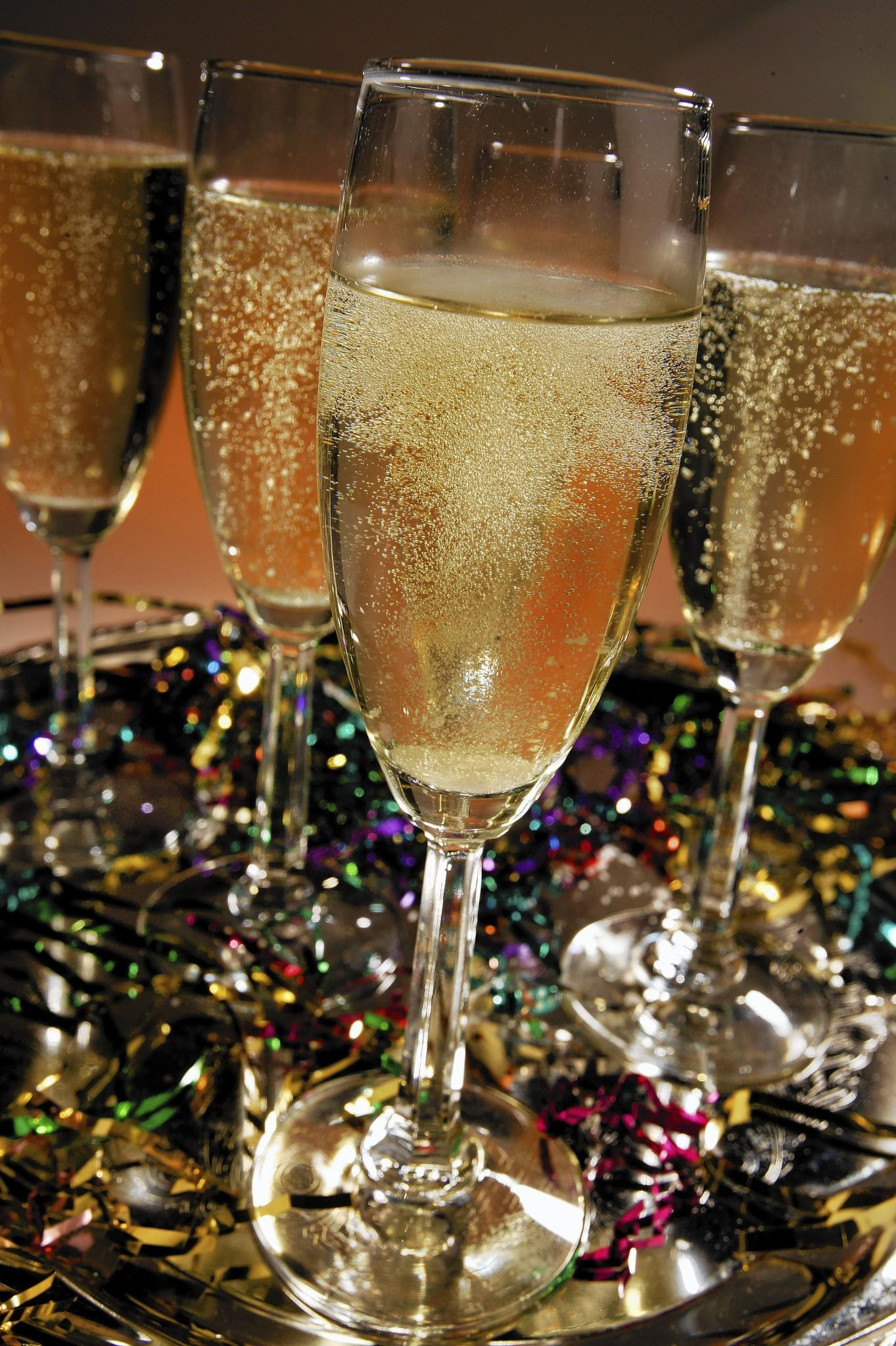 Holiday tidings with 'bubbly'. Chicago Tribune photos by Bob Fila.