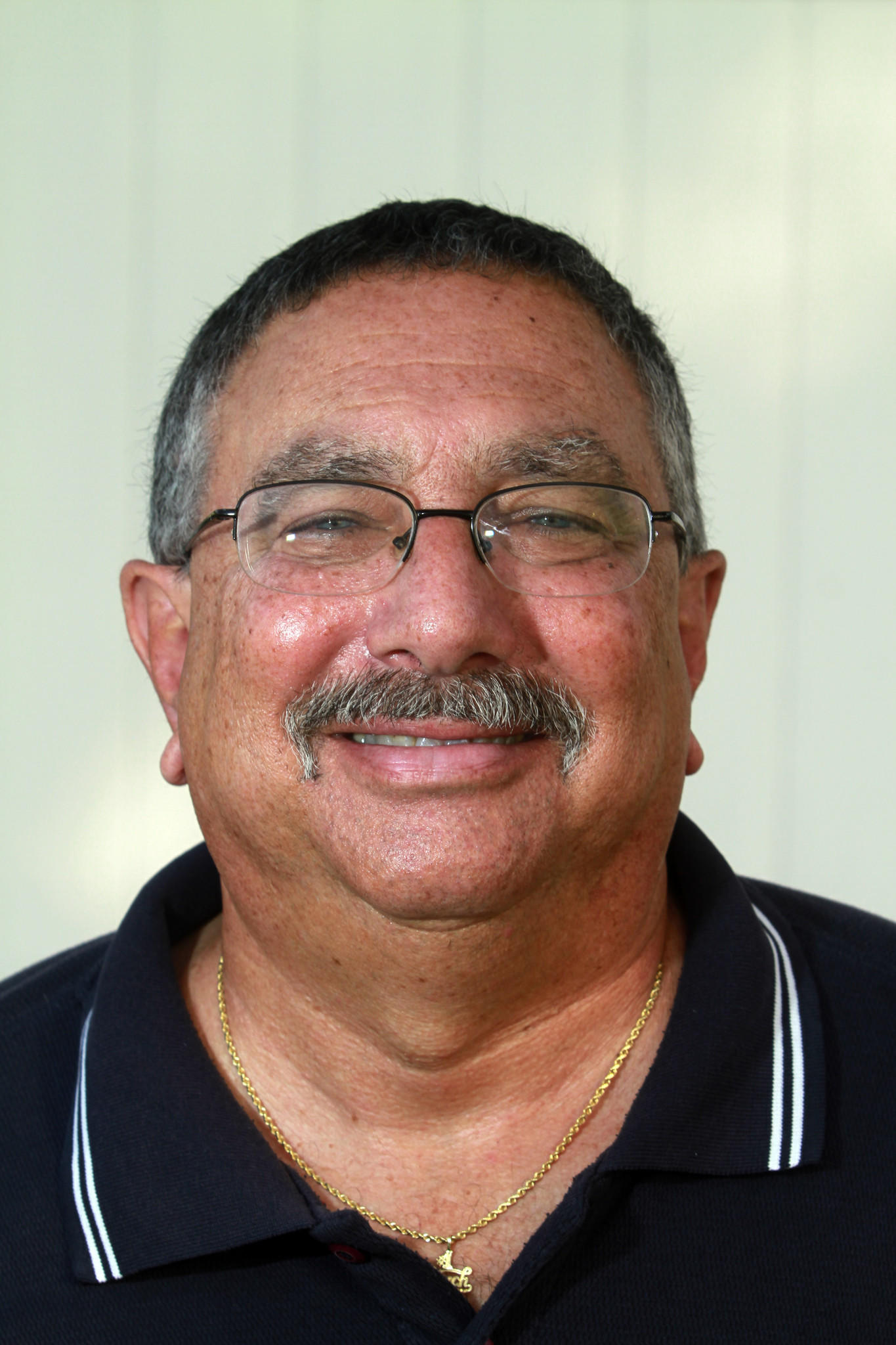Spanish River's coach Rick Rothman steps downs as cross country coach.
