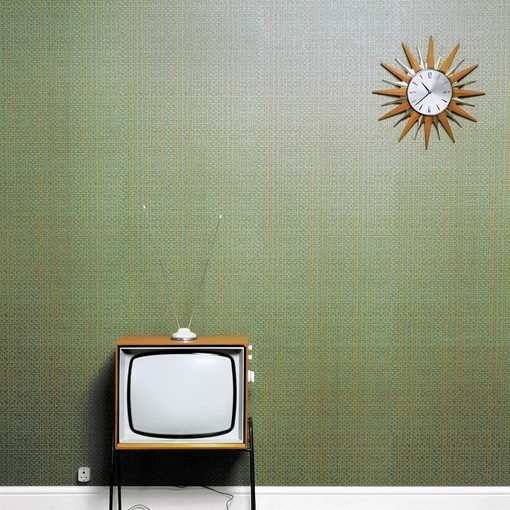 american tv comedy essay American television has also been an influential force in world comedy: with american series like mash, seinfeld and the simpsons achieving large followings around.