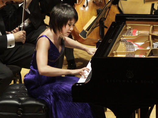 Yuja Wang was in ferocious form at Disney Hall on Thursday, performing Rachmaninoff's Third Piano Concerto with the Los Angeles Philharmonic.