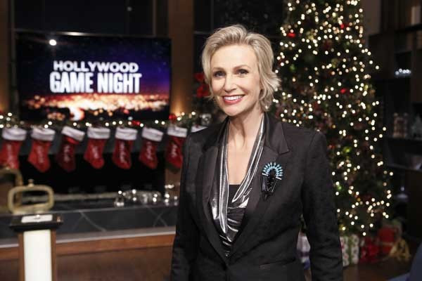 Monday's TV Highlights: 'Hollywood Game Night' on NBC