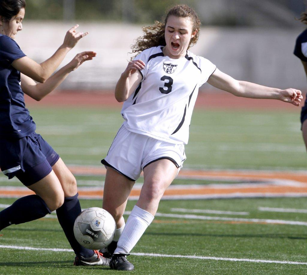 Flintridge Sacred Heart Academy's Lauren Savo and the Tologs won, 1-0, on Saturday (Raul Roa/Staff Photographer).