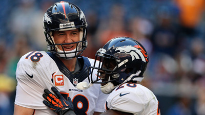 Peyton Manning sets TD record on otherwise crazy Sunday