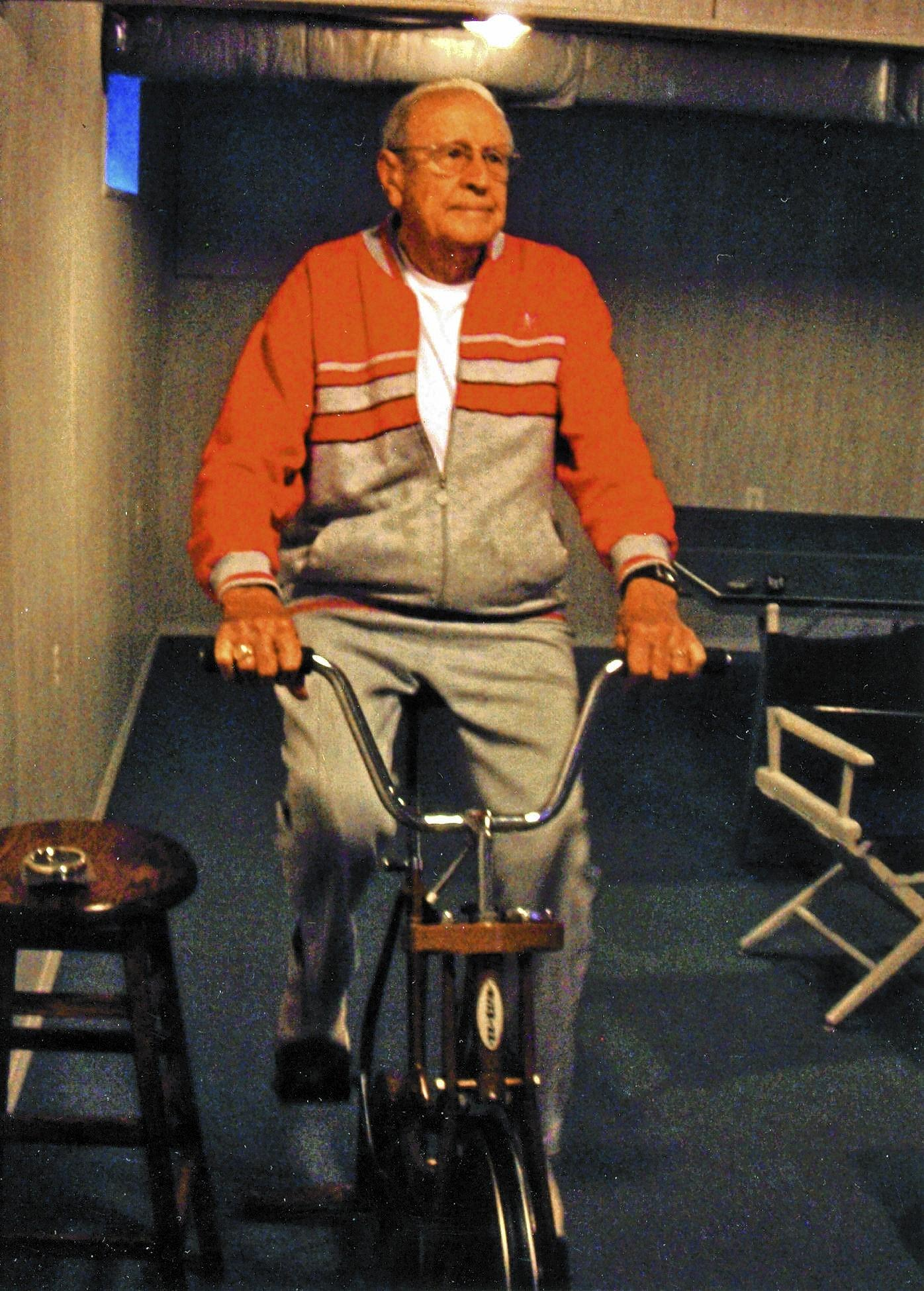 Frank Lawatsch, 92, exercises to control weight and to stay healthy.