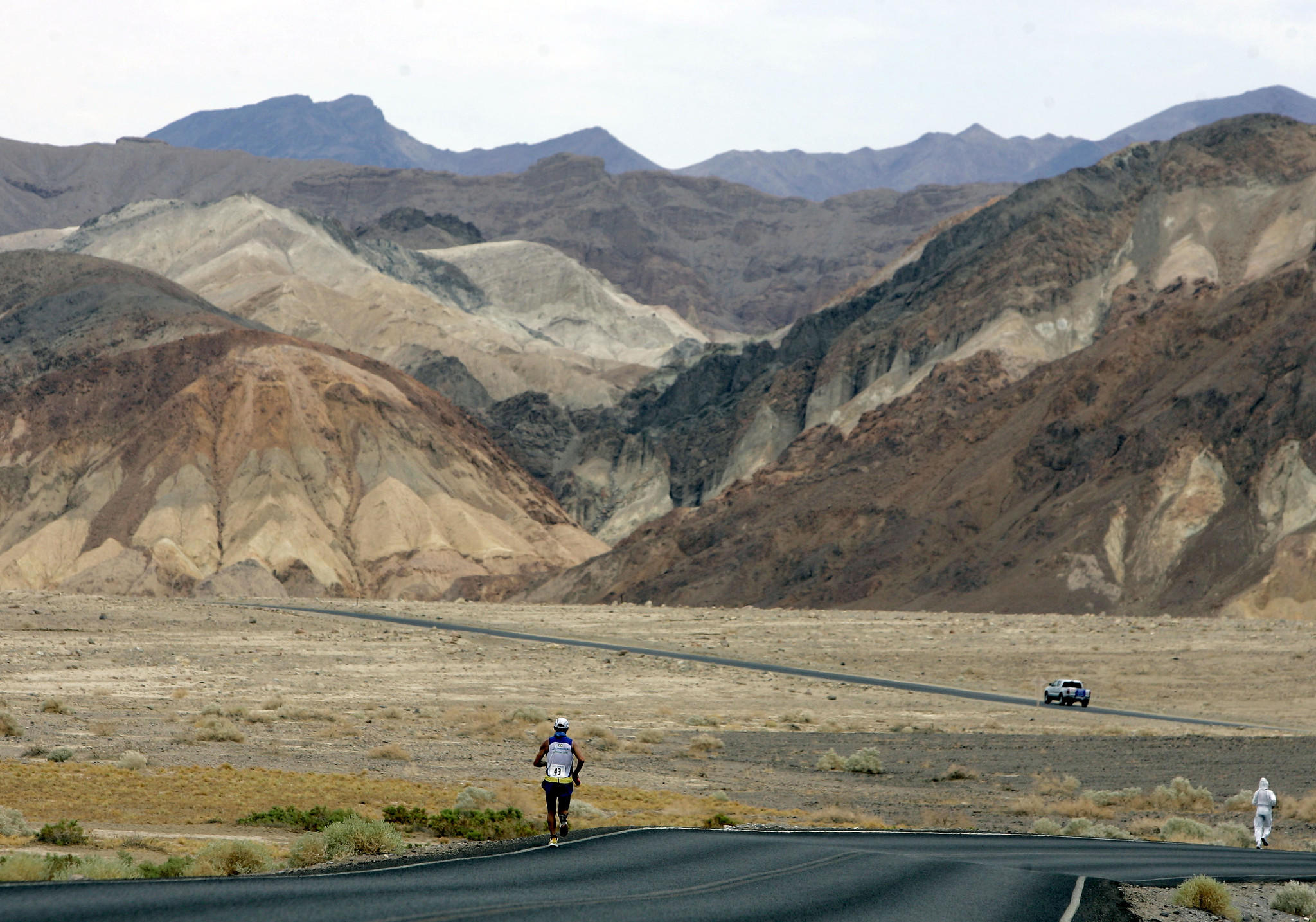 In this July 23, 2007, photo, Valmir Nunes of Brazil runs in the