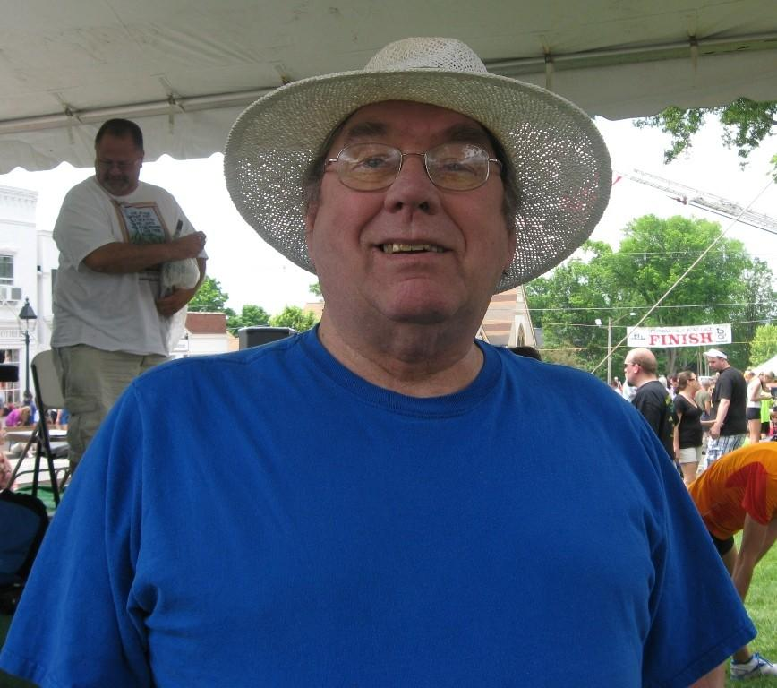 Former Hartford Courant sports editor and columnist Owen Canfield