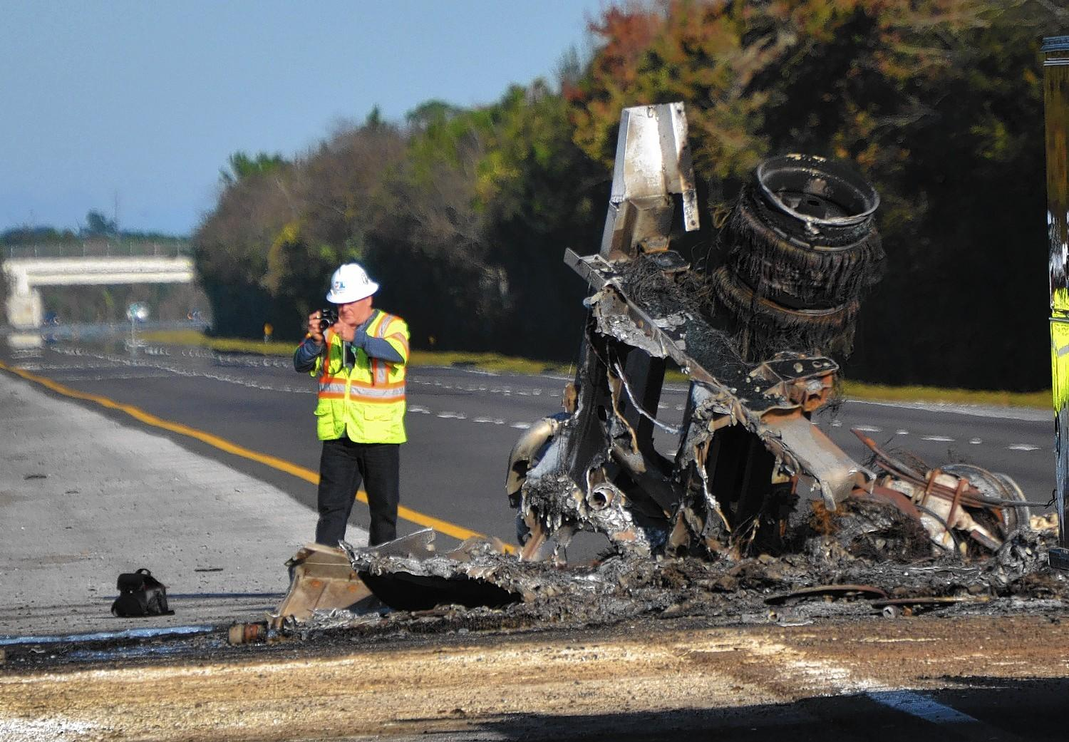 A wreck involving two tractor trailers and resulting in at least one fatality shut down I-95 in both directions in Palm Coast at 3:45 a.m. Tuesday, Dec. 24, 2013. (FlaglerLive photo)
