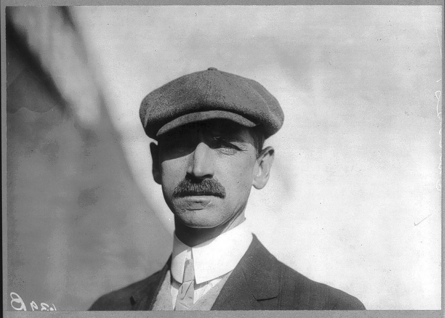 Glenn Curtiss was a champion cyclist and motorcyclist known for his innovative motors before he joined telephone inventor Alexander Graham Bell in 1907 to develop a series of ground-breaking airplanes.