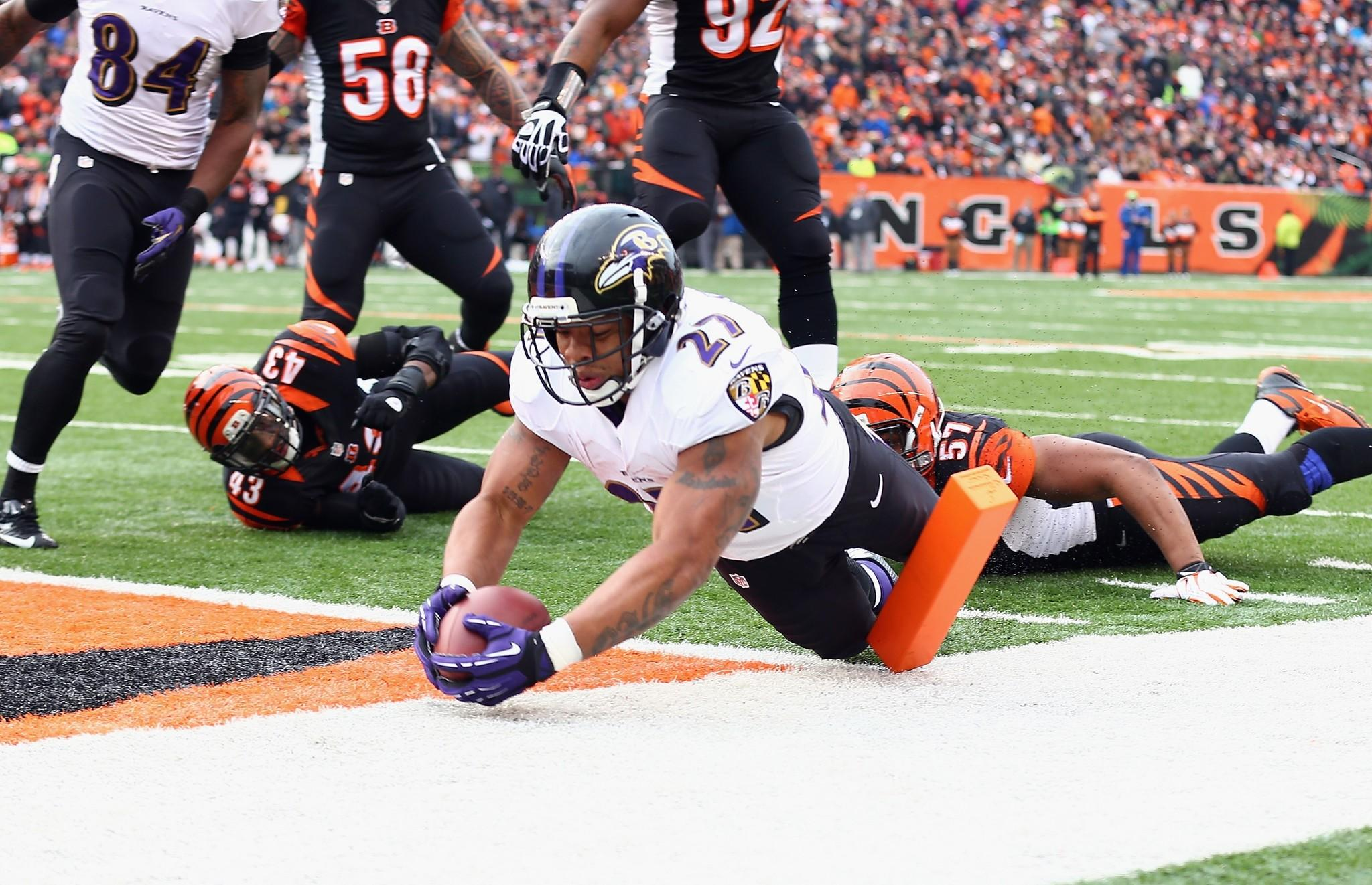Ravens running back Ray Rice dives for the two-point conversion in the third quarter to tie the score at 17-17 against the Cincinnati Bengals.