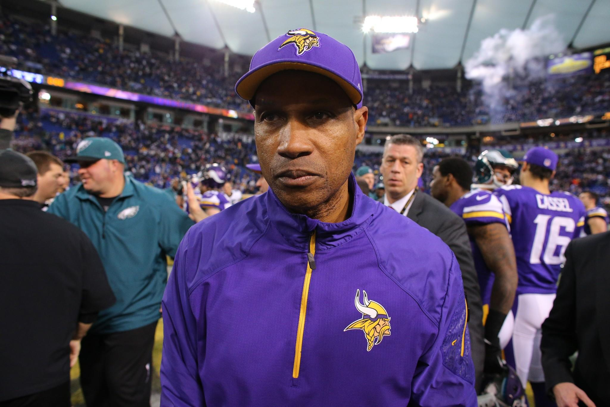 Leslie Frazier lost his job as the Minnesota Vikings on Monday.