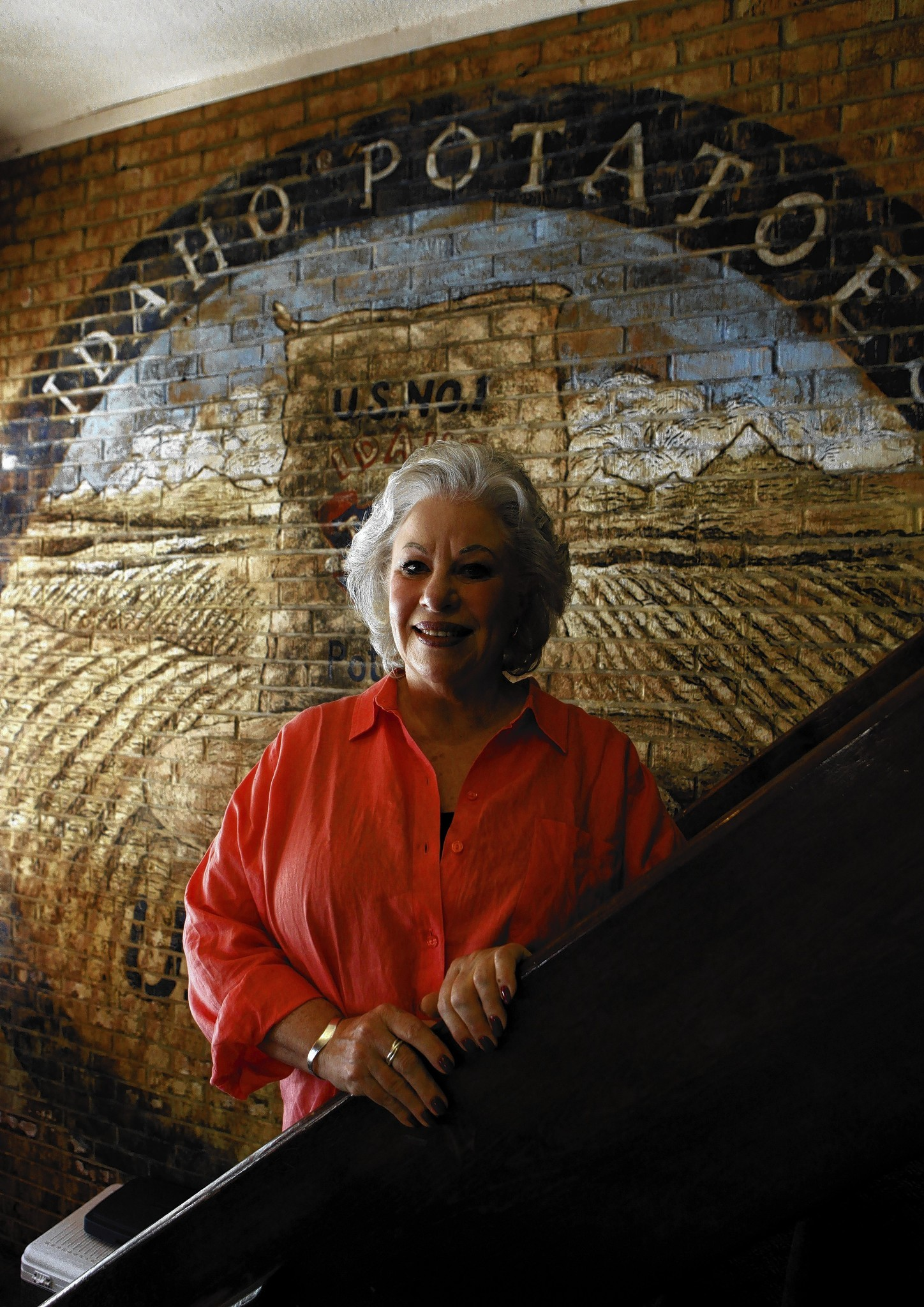 Ina Pinkney called it a career in 2013 after 33 years of feeding Chicago.