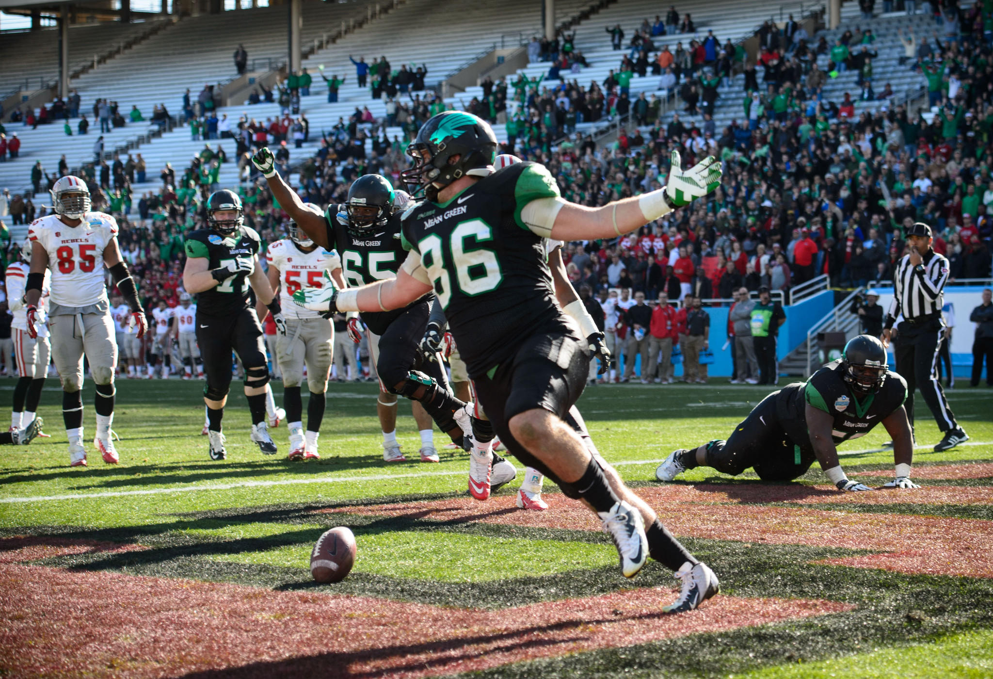 North Texas' Drew Miller scores a two-point conversion against UNLV during the second half at the Cotton Bowl Stadium.