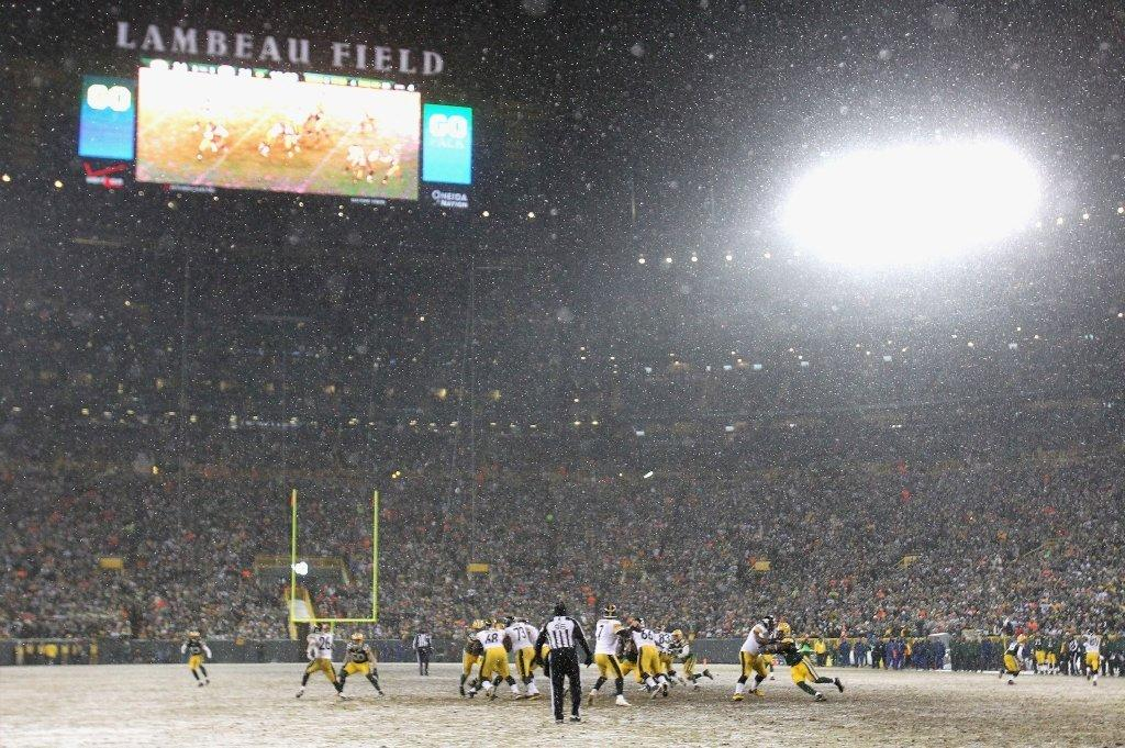 The forecast calls for a high of zero degrees in Green Bay on Sunday and a low of minus-18, colder than it was in the Dec. 23 Pittsburgh-Green Bay game, pictured above.