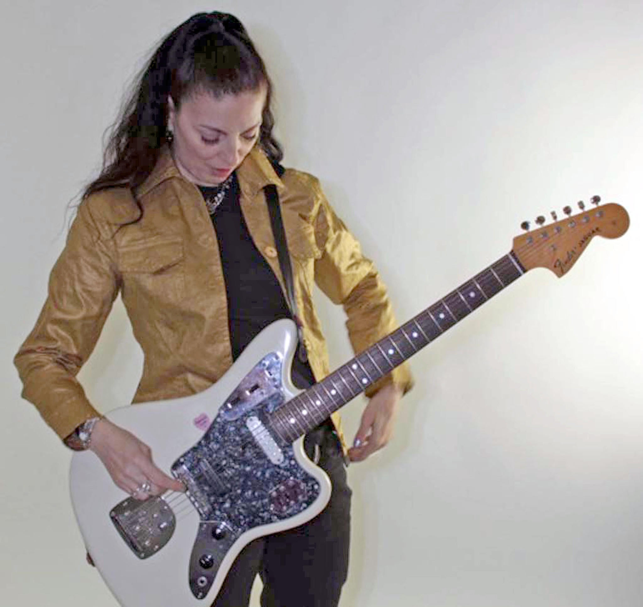 Veteran NYC Trash Pop princess Palmyra Delran performs jan. 10 in South Pasadena.