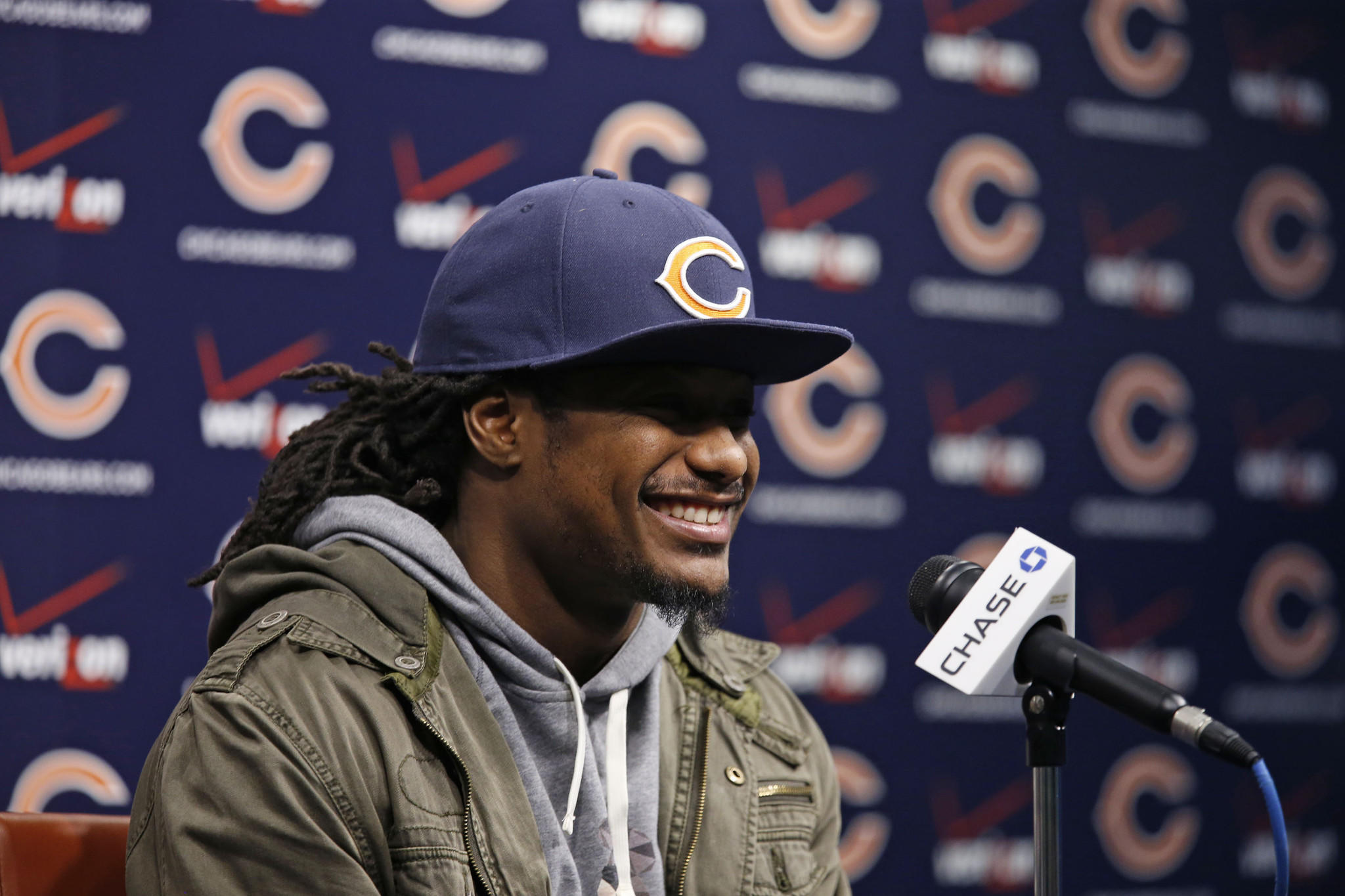 Chicago Bears corneback Tim Jennings speaks to the media Thursday.