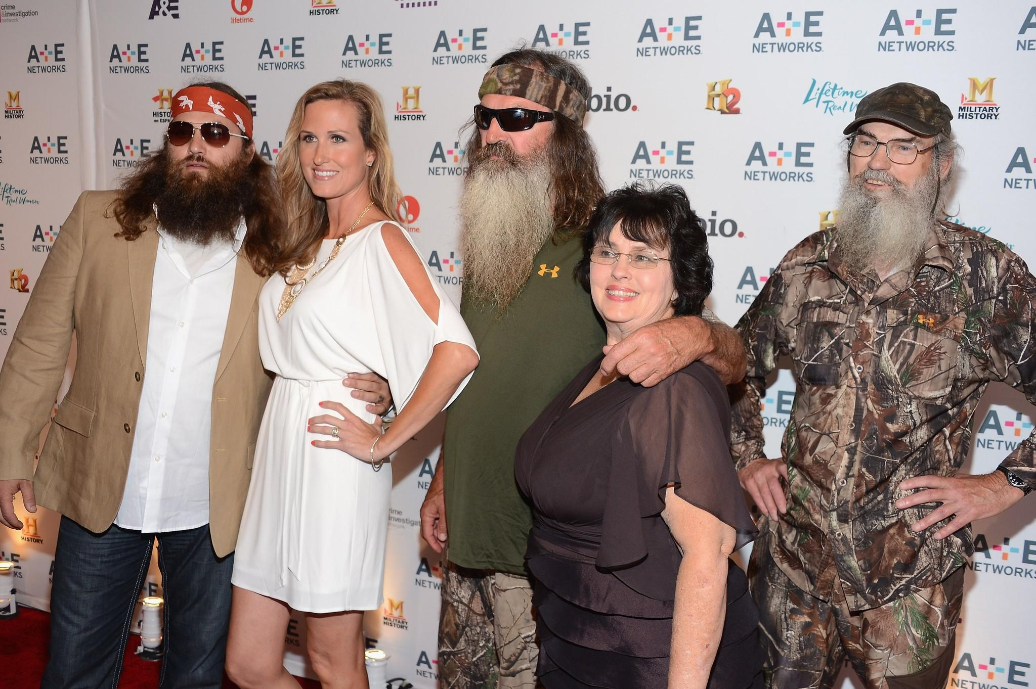 "A&E announced December 27, 2013 ""Duck Dynasty"" will resume filming with Phil Robertson."
