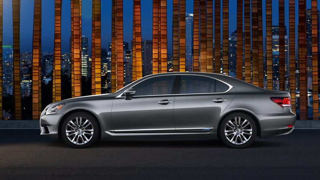 2014 Lexus LS 600hL: Long on luxury, light on fuel economy