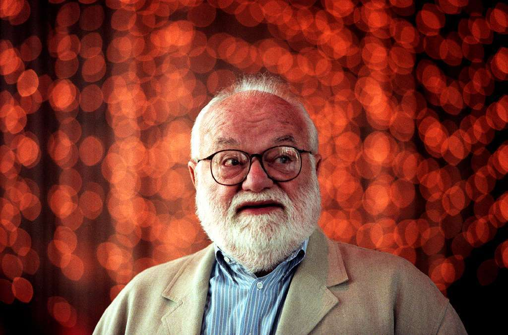 """Saul Zaentz, 92, won best picture Oscars for """"One Flew Over the Cuckoo's Nest,"""" """"Amadeus"""" and """"The English Patient."""""""