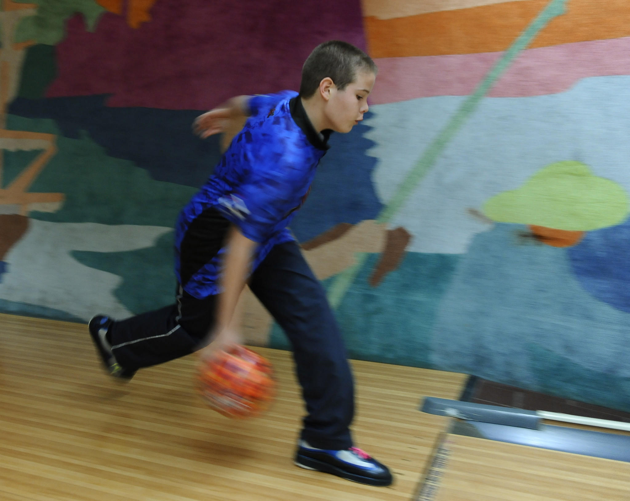 Only 13 years old, Hunter Machin of Dundalk, shown bowling last February, recently bowled an 800 set.