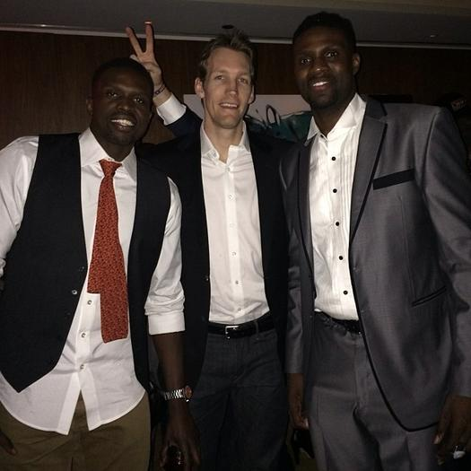 Luol Deng, Mike Dunleavy, Jr and Nazr Mohammed