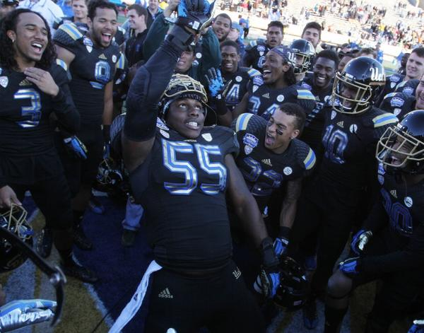 UCLA football team celebrates Sun Bolw victory